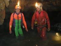 Uscita acquatica al corso di speleologia... (foto A. Tizianel)